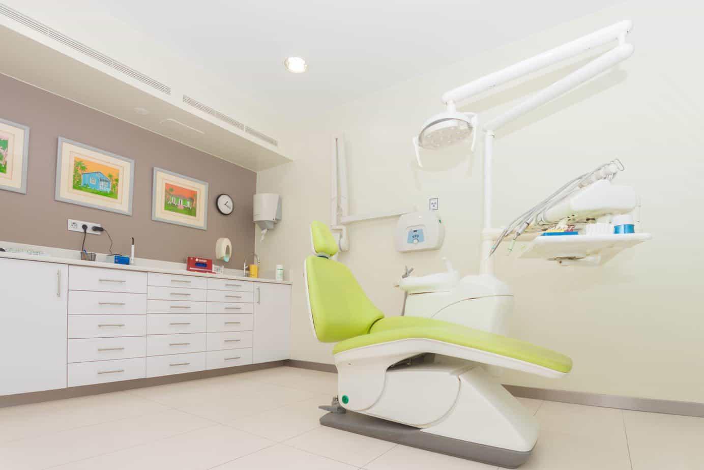 dentista en el barrio delicias